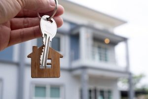 Read more about the article Hogyan készüljünk az ingatlan adásvételi szerződés megkötésére?